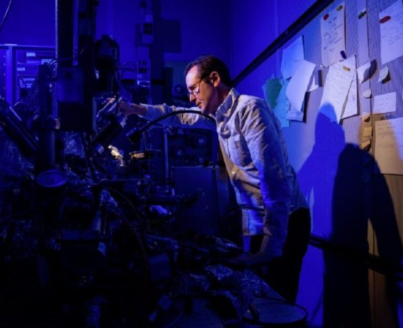 IBM Researchers single Atom Can Store Bits of Data